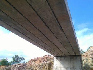 Cầu cánh sen - cầu dầm bản BTCT DUL dài 12m
